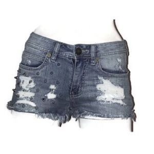 ♻️ Kendall + Kylie sz1 distressed studded shorts